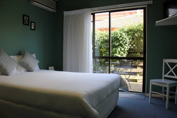 Courtyard Deluxe Room